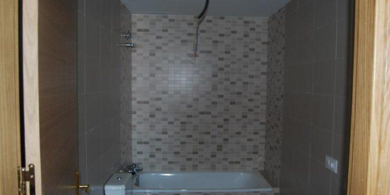 Edificio Jara pisos baño altecnic promotora constructora